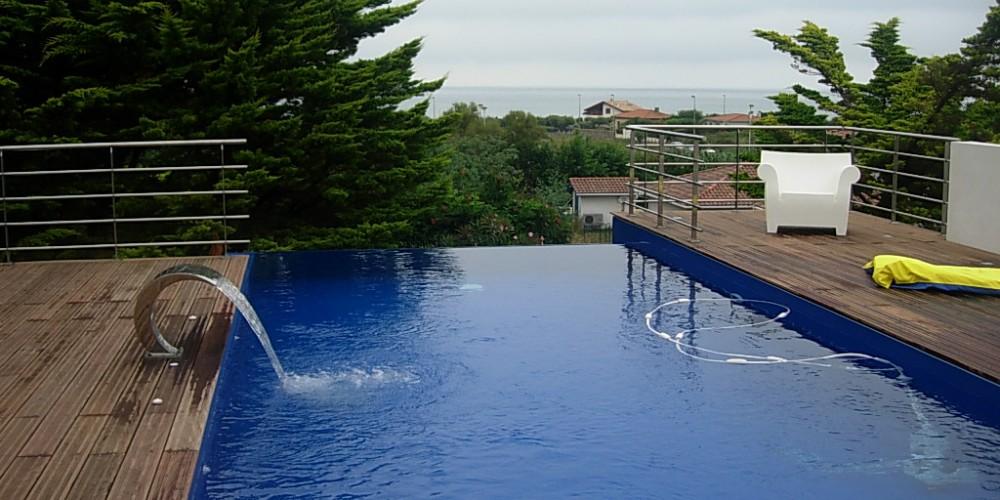 Comment procéder à l'hivernage de votre piscine ?